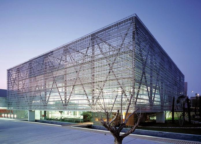 El arquitecto y la sociedad arkiplus for Paginas de construccion y arquitectura