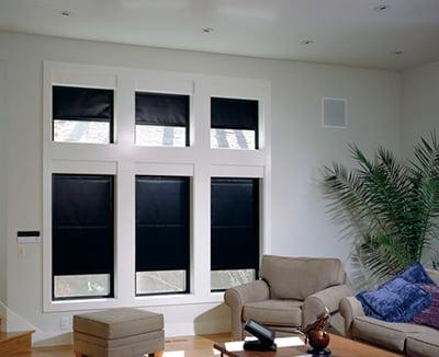 Ejemplos de cortinas back out - Cortinas negras decoracion ...