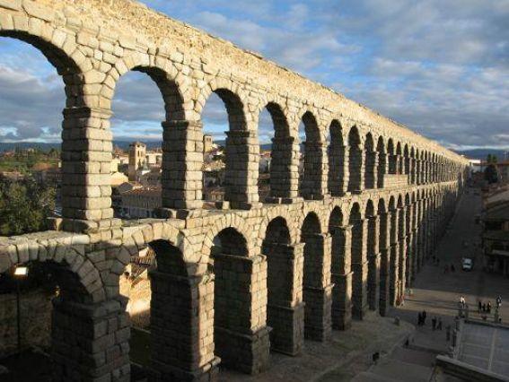 Historia de la arquitectura - Acueducto de segovia arquitectura ...