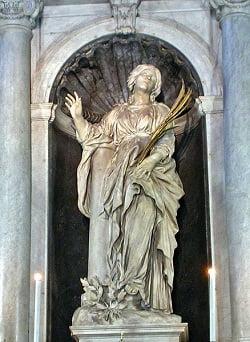 estatua de santa bibiana