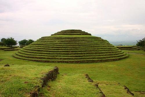 Las Pirámides En La Arquitectura Azteca Arkiplus