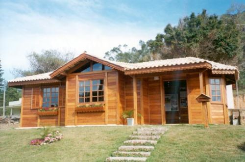Viviendas prefabricadas arkiplus for Precios de cabanas prefabricadas