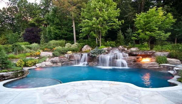 Fotos de piscinas de lujo for Pool design northern virginia