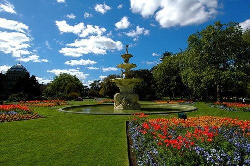 Parques y jardines arkiplus for Decoracion de parques y jardines