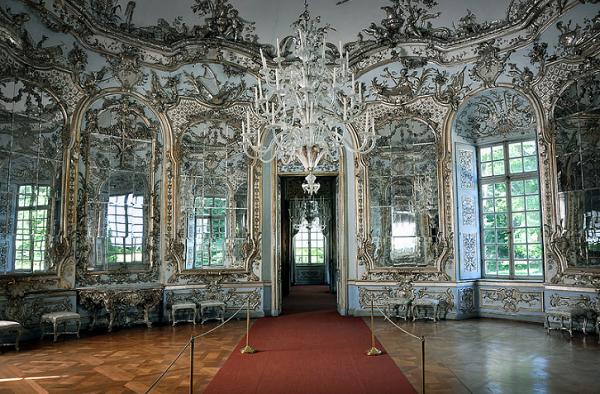 Sala de los espejos de Amalienburg, en la Residencia de Nymphenburg, Munich