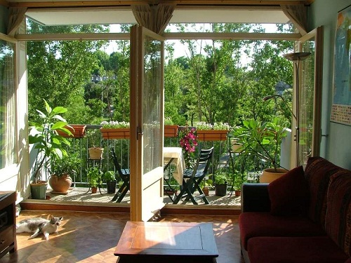 diferencias entre balc n y terraza arkiplus. Black Bedroom Furniture Sets. Home Design Ideas