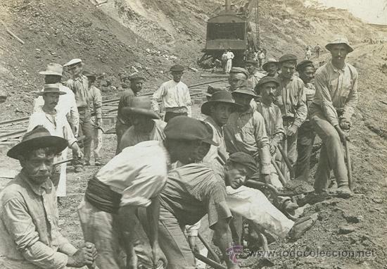 Trabajadores españoles en 1913 en el canal de Panamá.