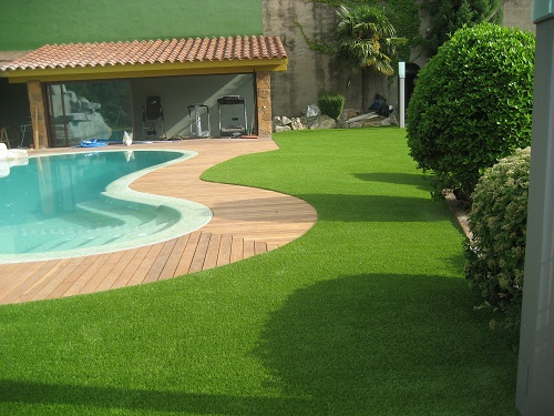 C sped artificial para decoraci n arkiplus for Cesped artificial para jardin