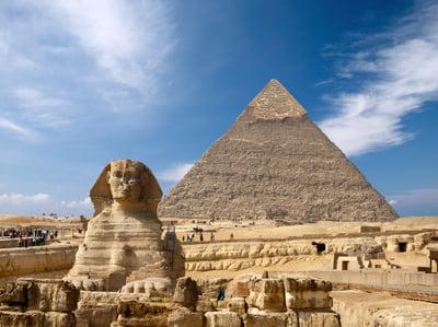 Ukrainian, Esfinge y la gran pirámide de Egipto, Giza