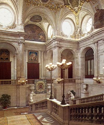 palacio-real-escalera