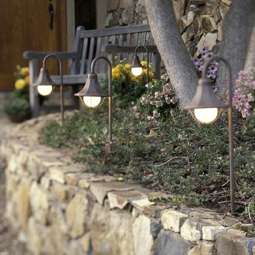 ideas-creativas-para-iluminar-jardin11