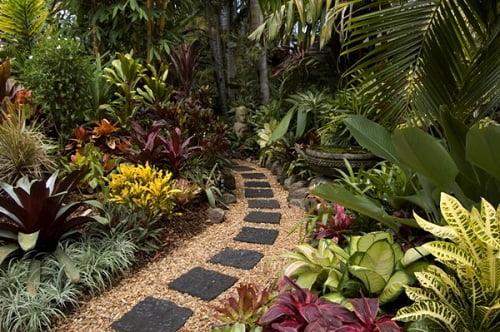 Ideas para el jard n arkiplus for Casas diseno jardines tropicales