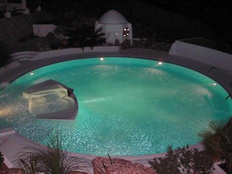 Tipos de piscinas arkiplus for Tipo de piscinas