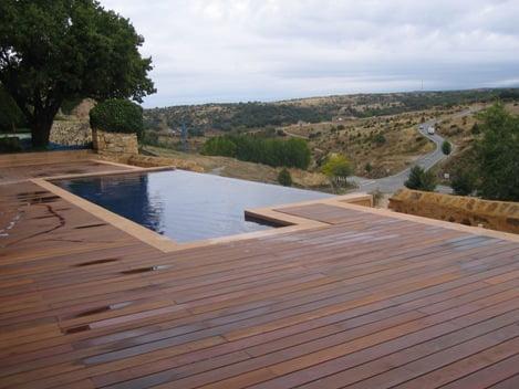 Tipos de piscinas arkiplus for Piscinas desbordantes de diseno