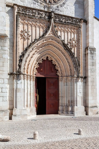 portal gótico flamígero