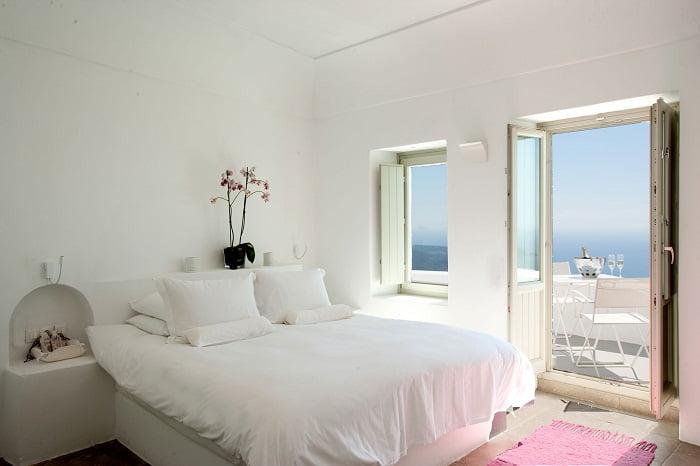 paredes de color blanco en habitacion