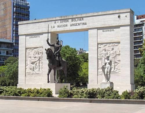 monumento-a-simon-bolivar