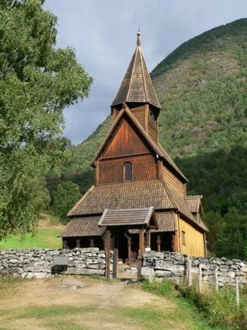 iglesia-de-madera-noruega2