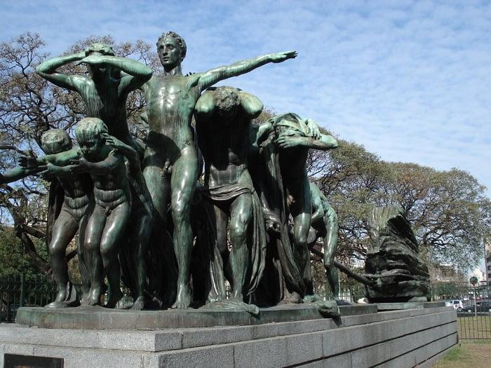monumento-canto-al-trabajo