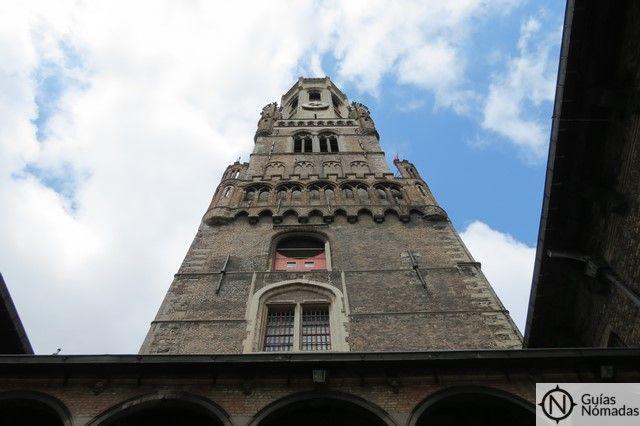 torre-belfort-de-brujas