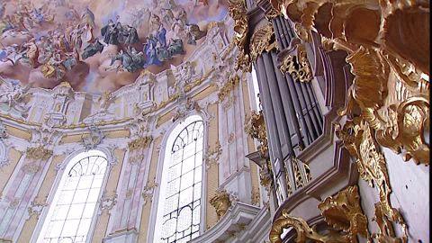 organo-musical-fresco-de-techo-benedictino-iglesia-de-ettal