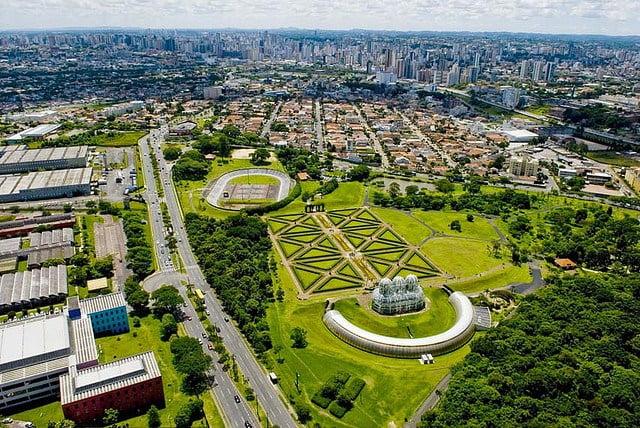 ejemplos-ciudades-sostenibles-curitiba