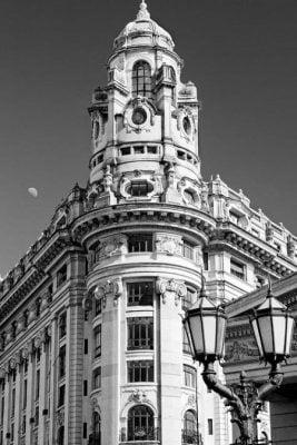 Edificio del ex banco Argentino Uruguayo, patrimonio arquitectónico de la Ciudad de Buenos Aires