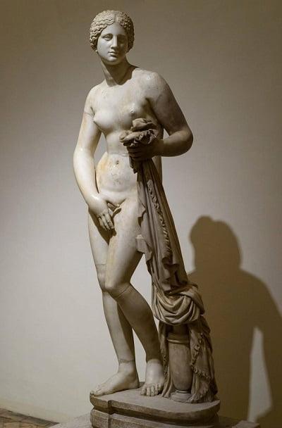 Afrodita, ejemplo de escultura griega clásica