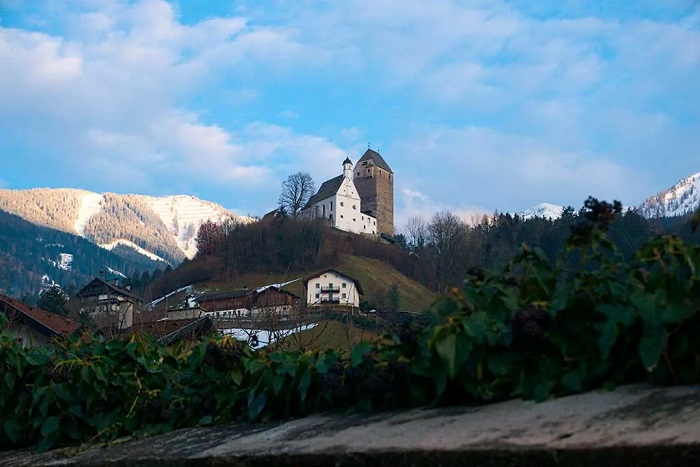 Castillos de Austria.Freundsberg