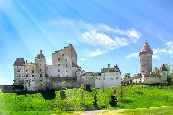 Castillos de Austria. Clam