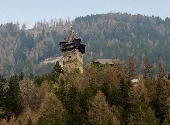 Castillos de Austria. Niederfalkenstein